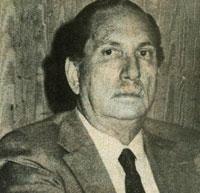 Dr. Elías Córdova