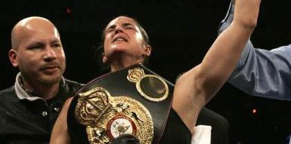 Kina Malpartida defenderá su título el 16 de abril ante Rhonda Luna