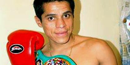 Cierra Sosa preparación y viaja a Tailandia para pelea vs Pongsaklek