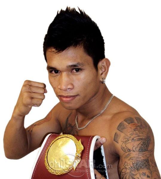 JohnRiel Casimero derrotó al mexicano Pedro Guevara y retuvo título minimosca FIB