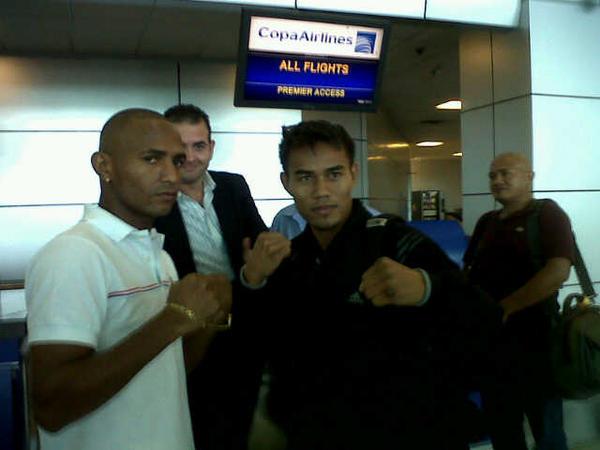 La Araña y Apolinario se encuentran en el aeropuerto de Tocumen