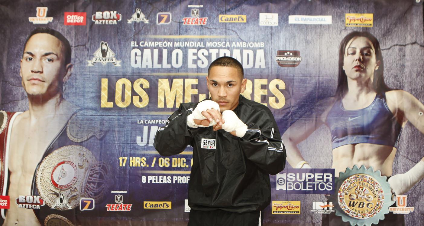 """El doble campeón mundial mosca """"Gallo"""" Estrada realiza entrenamiento público."""
