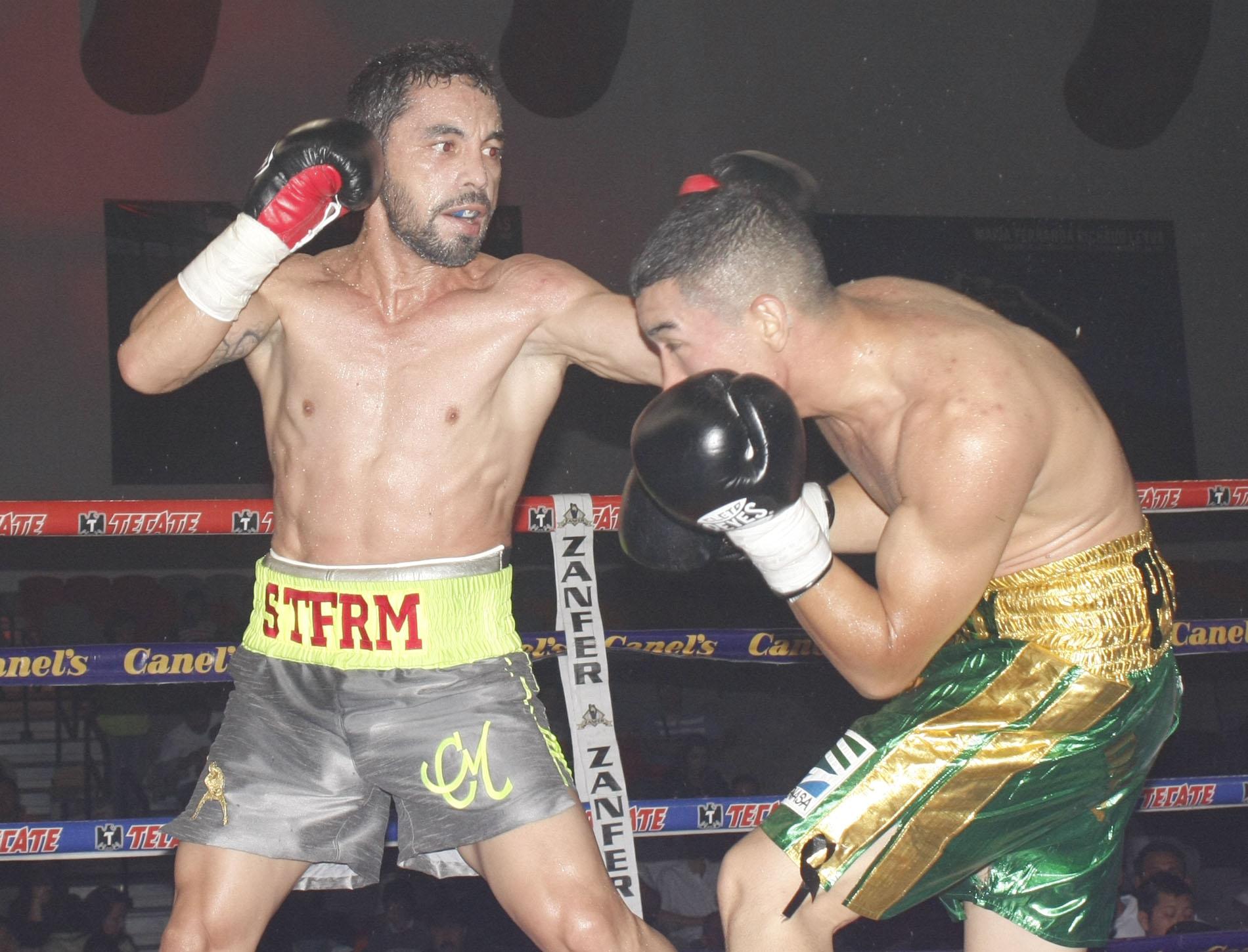 Montiel derrota por decisión unánime a Sergio Puente en Monterrey en una gran demostración de boxeo