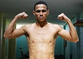 Darleys Pérez retiene faja interina 135 libras