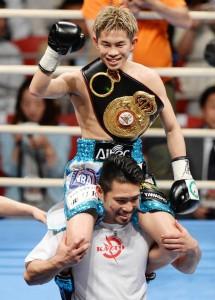 Kazuto+Ioka+v+Wisanu+Kokietgym+WBA+Light+Flyweight+i8rJVBBZT_yx