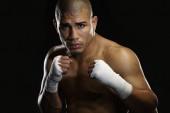 Miguel Cotto defenderá contra Daniel Geale el 6 de junio en Nueva York