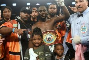 Terence Crawford demolió a Dierry Jean