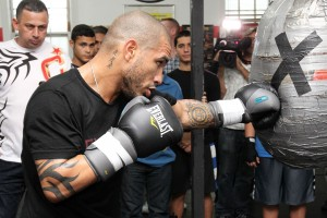 miguel-cotto-workout2