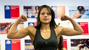 Dayana Cordero se convirtió en campeona interina gallo AMB