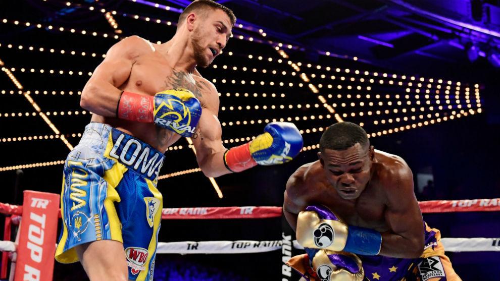 Lomachenko retiene el título por abandono de Rigondeaux en el sexto asalto