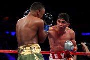 Vargas conserva cetro en sangrienta pelea ante Negrete