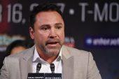 Oscar De La Hoya dice que desembolsó millones para el enfrentamiento entre Canelo y GG