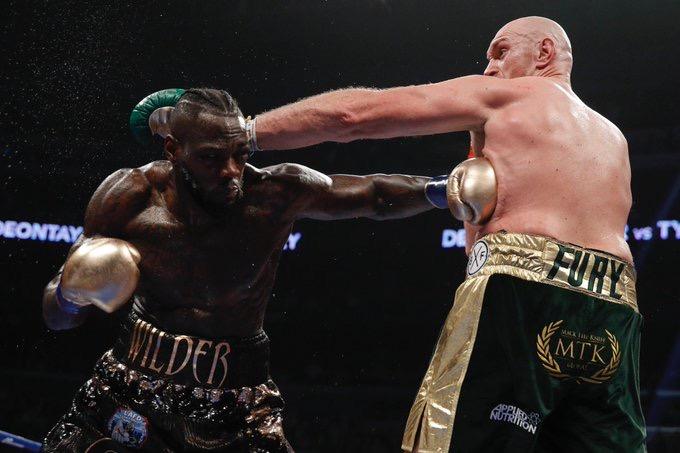Deontay Wilder y Tyson Fury empataron