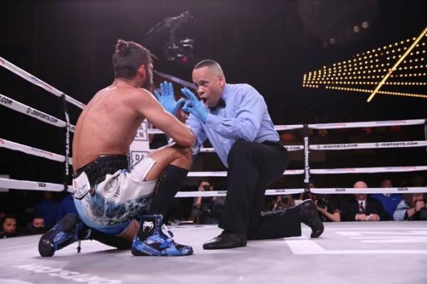 'Demoledor' Cano noquea a Jorge Linares en un round, Doheny retiene su corona