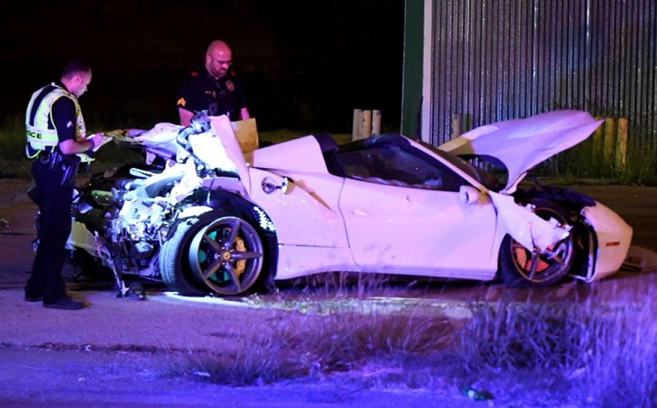 Errol Spence Jr. volcó con su Ferrari y quedó internado en terapia intensiva