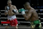 Makabu derrotó a Cieslak para coronarse en Kinshasa