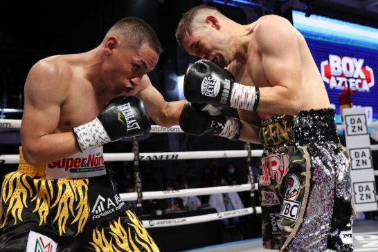 El «Gallo» Estrada vence a Cuadras en 10 asaltos y retiene la faja mundial
