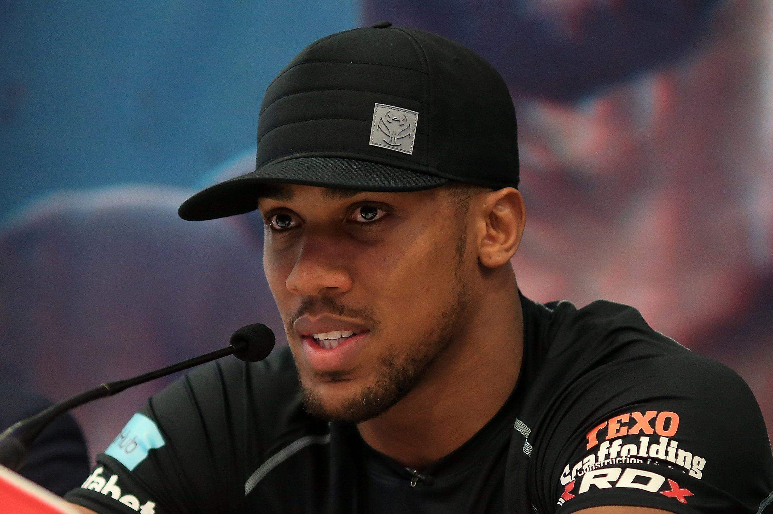 Joshua le dice a Fury que está listo para dos peleas masivas de peso pesado el próximo año