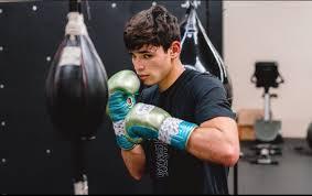 Ryan García entrena para Campbell