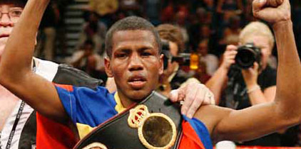 César Canchila regresa al boxeo para buscar otro título mundial