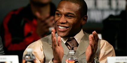Confirmado: Floyd peleará con Víctor Ortiz