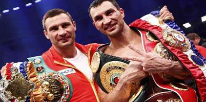 Klitschko vence a Haye en unificación de los pesos pesados