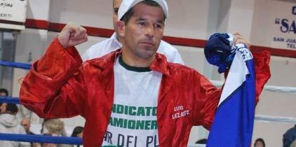 Lazarte-Casimero por cetro FIB el 10 de febrero