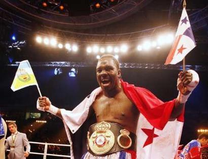 Reincorporan como campeón en receso a Guillermo Jones