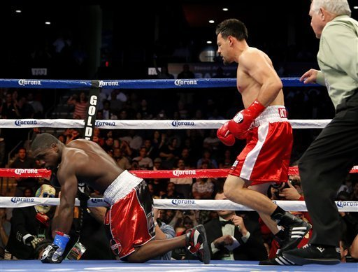 Guerrero retuvo corona welter del Consejo Mundial de Boxeo al vencer a Berto