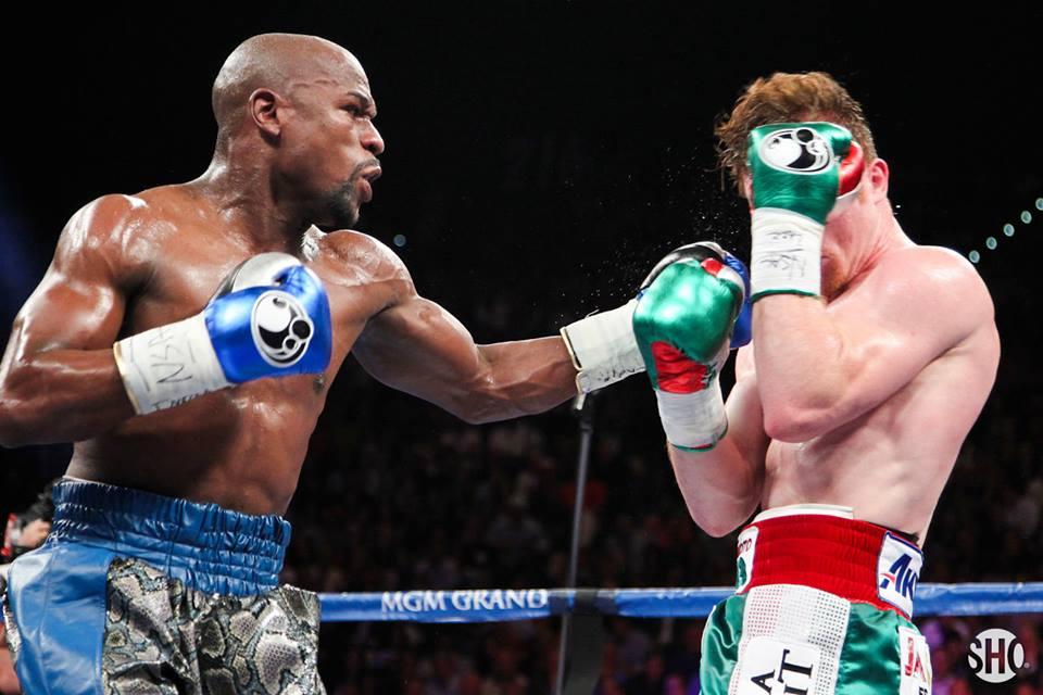 """Floyd le dio una maestría de boxeo al """"Canelo"""""""