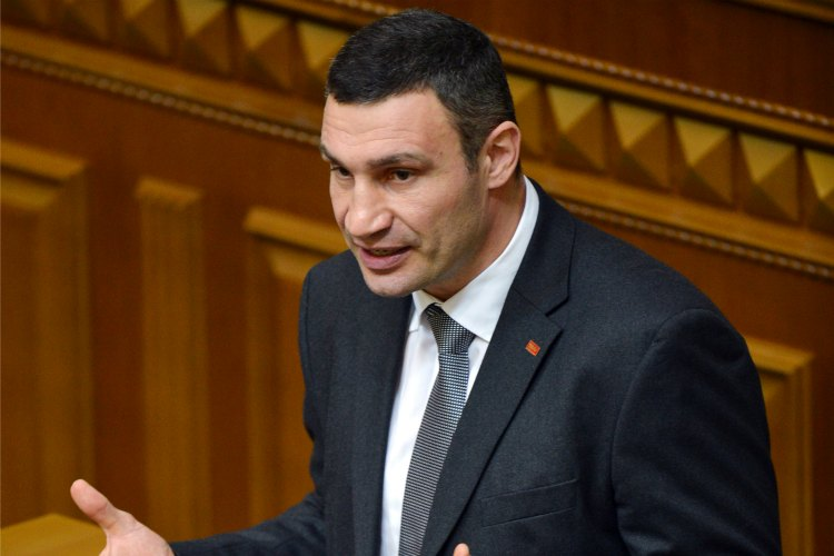 Vitali Klitschko será candidato a la presidencia de Ucrania en 2015