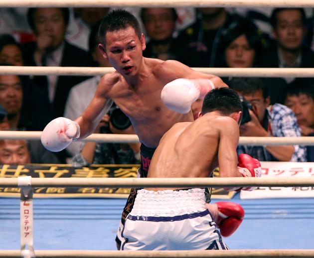Takayama vs Odaira por el título mundial mínimo FIB
