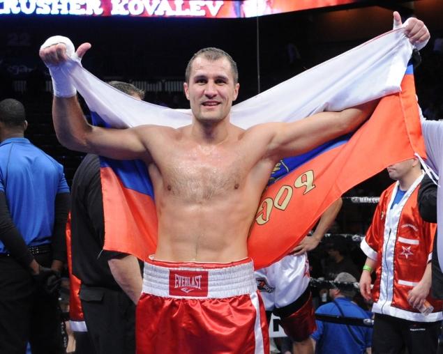 Agencias de apuestas colocan a Kovalev favorito sobre Hopkins para este sábado