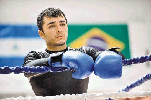 «Tiquito» Vásquez vs «Yeyo» Thompson por título en Cancún