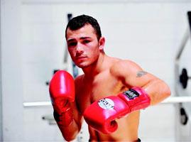 Bryan 'Tiquito' Vásquez detuvo a Sergio 'Yeyo' Thompson
