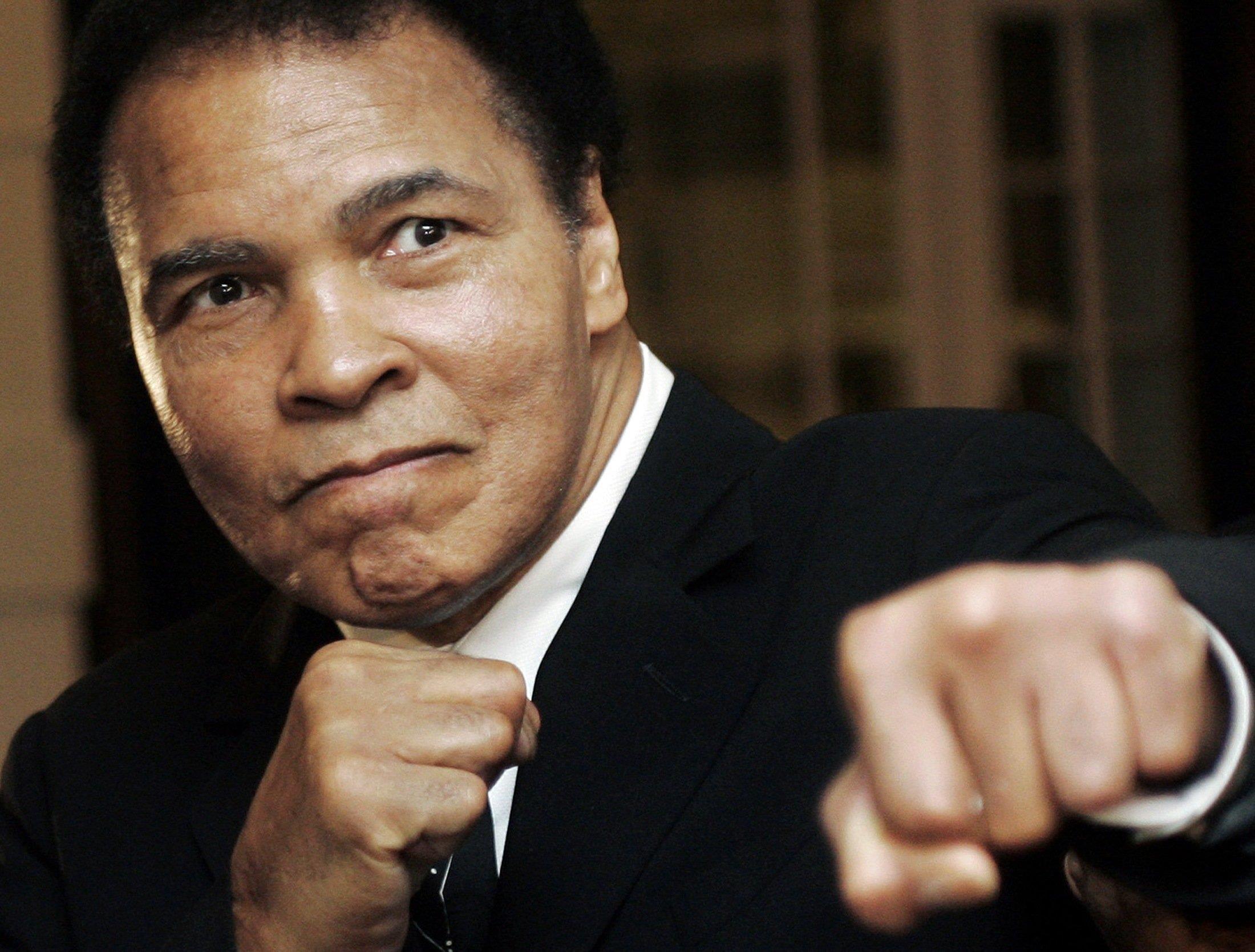 Muhammad Ali apoya a Manny Pacquiao
