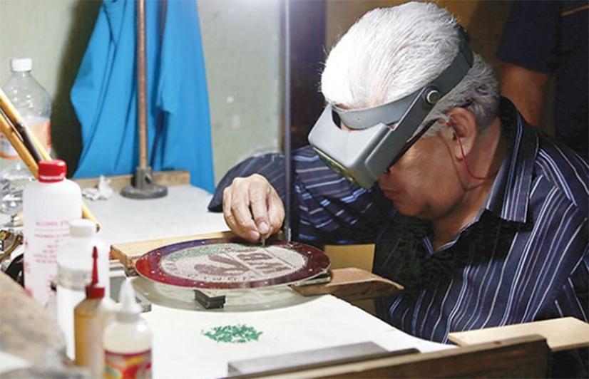 Confeccionan cinto esmeralda del CMB para Mayweather-Pacquiao