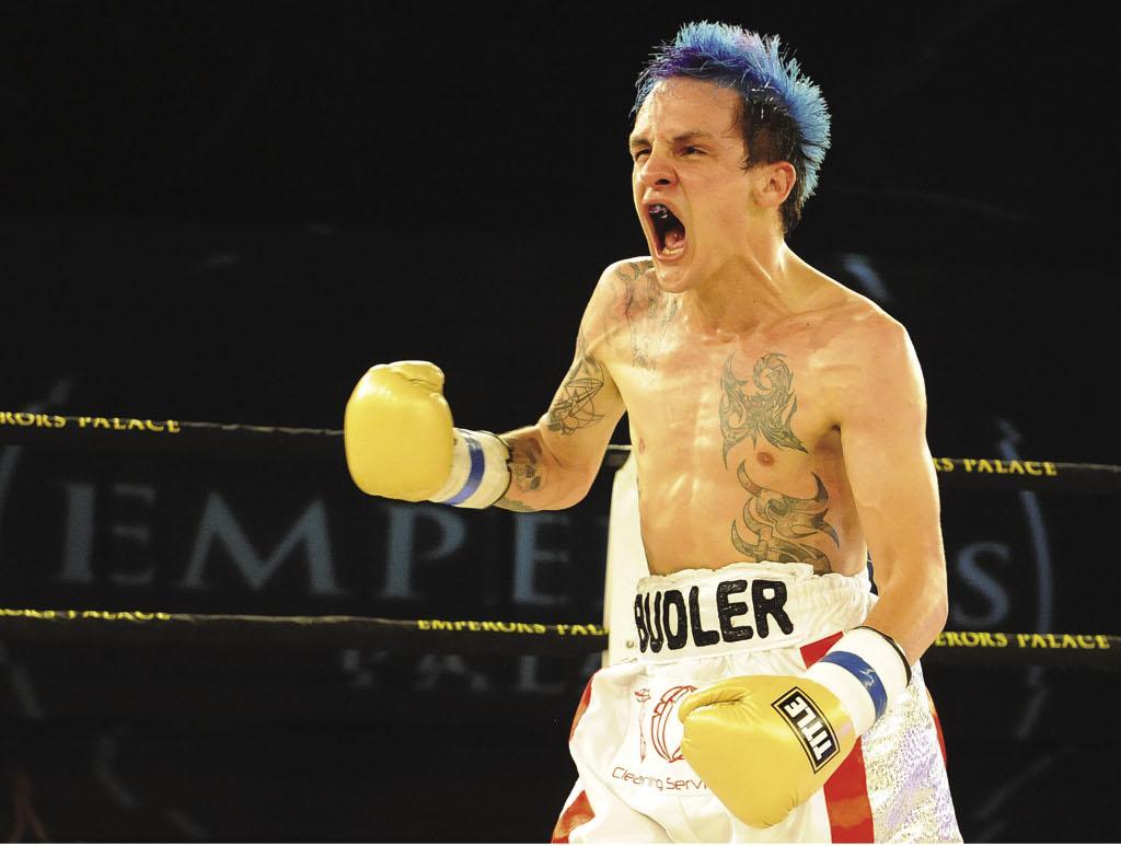 Budler vence a Khonco en batalla feroz