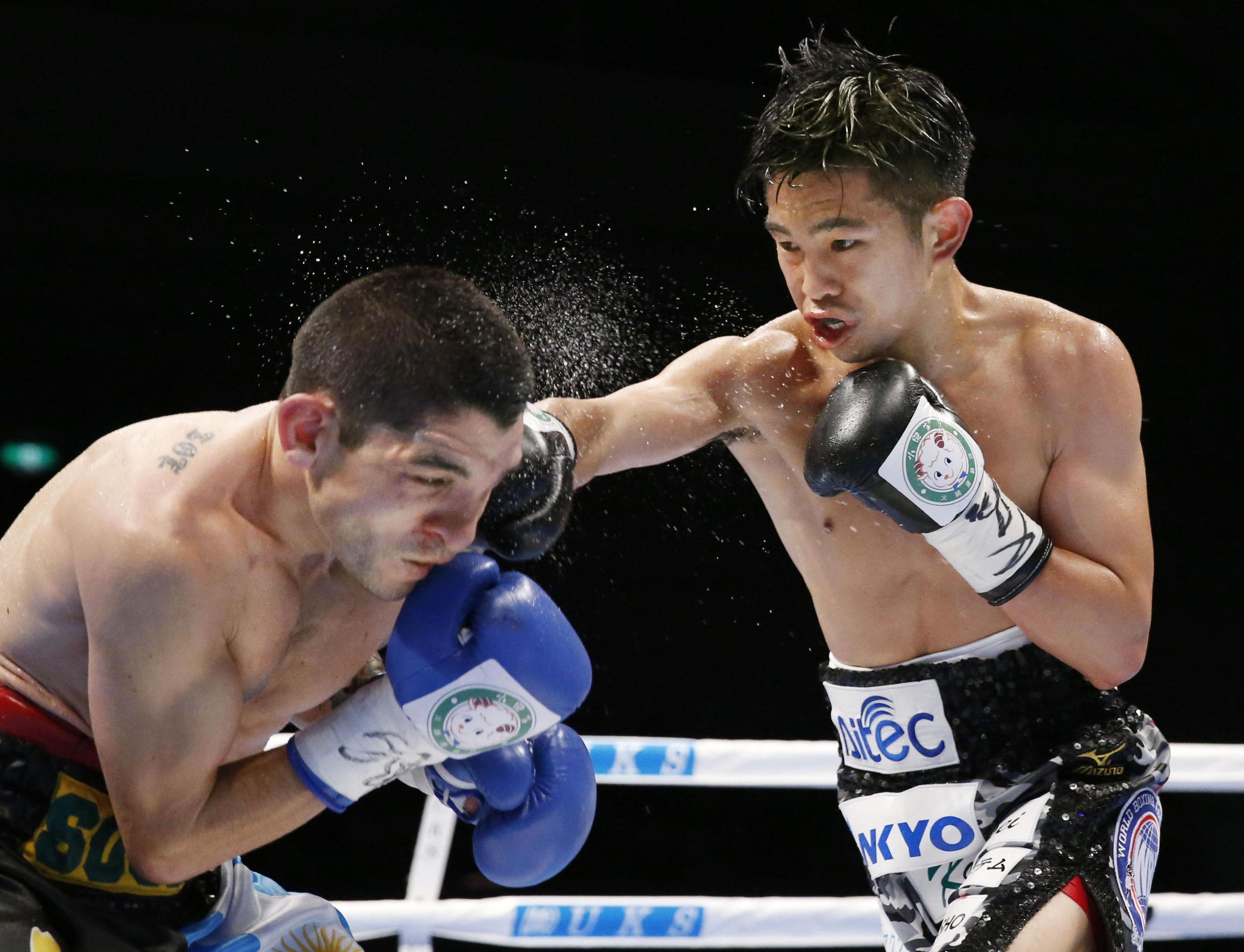 Ioka y Takayama defienden con éxito sus títulos mundiales