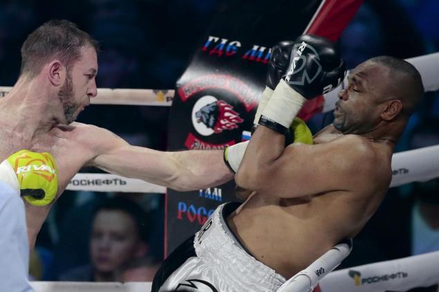 Roy Jones Jr. no va a retirarse del boxeo