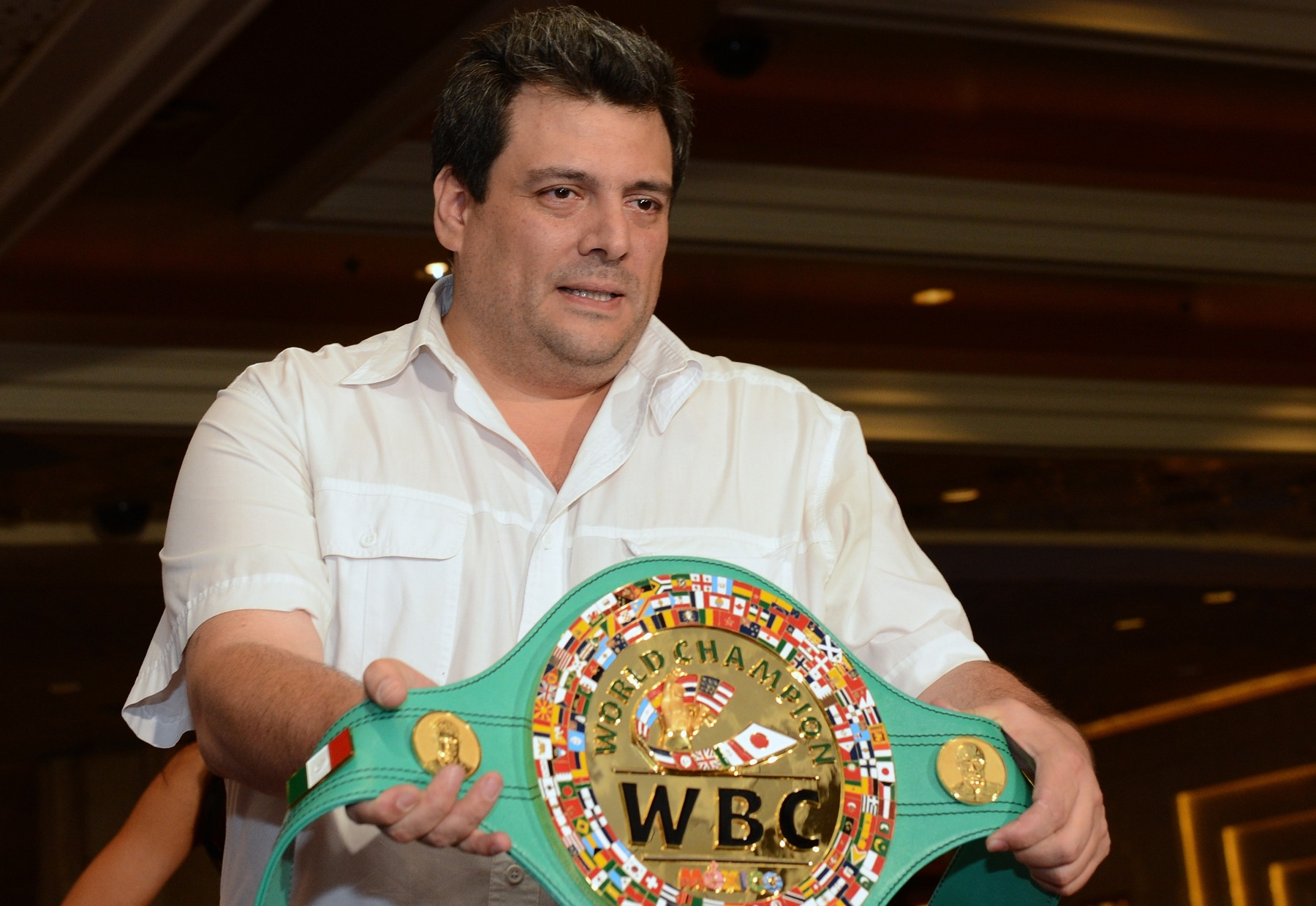 Mauricio Sulaimán 2 años frente a Consejo Mundial de Boxeo