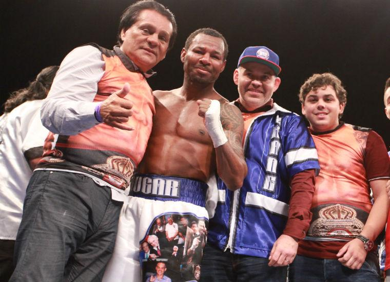 Mosley peleará por campeonato mundial con Durán en su esquina el 28 de mayo