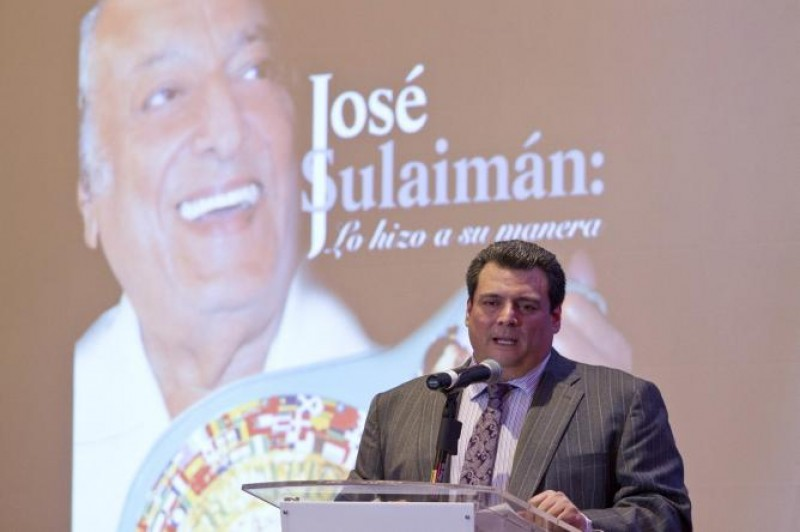 Presentan libro de Don José Sulaiman