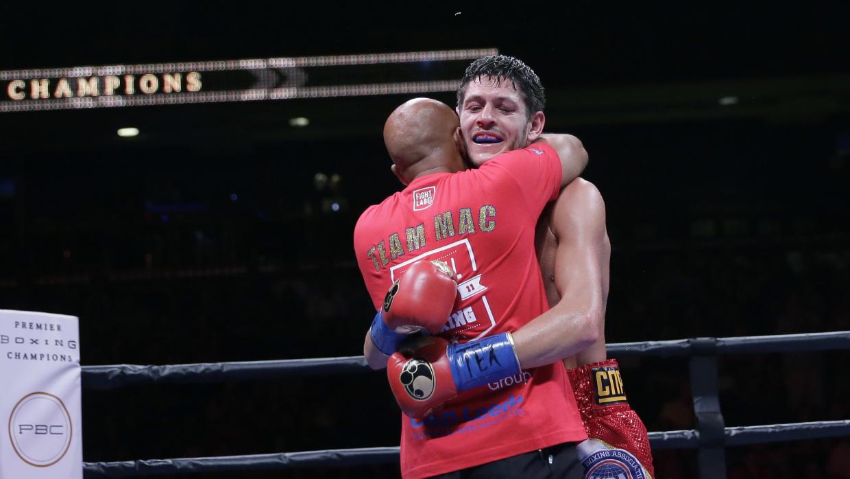Con polémica, Jamie McDonnell derrotó a Liborio Solís