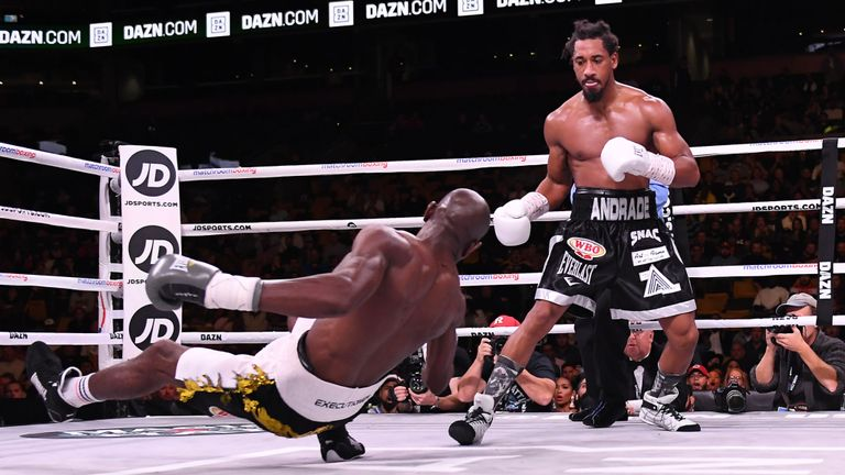 Andrade dominó a Kautondokwa para coronarse en Boston
