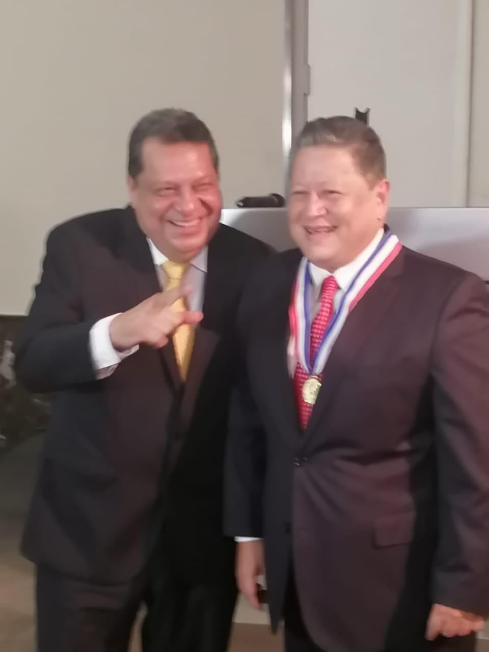 Daniel Alonso es homenajeado por la COMIBOX de Panamá