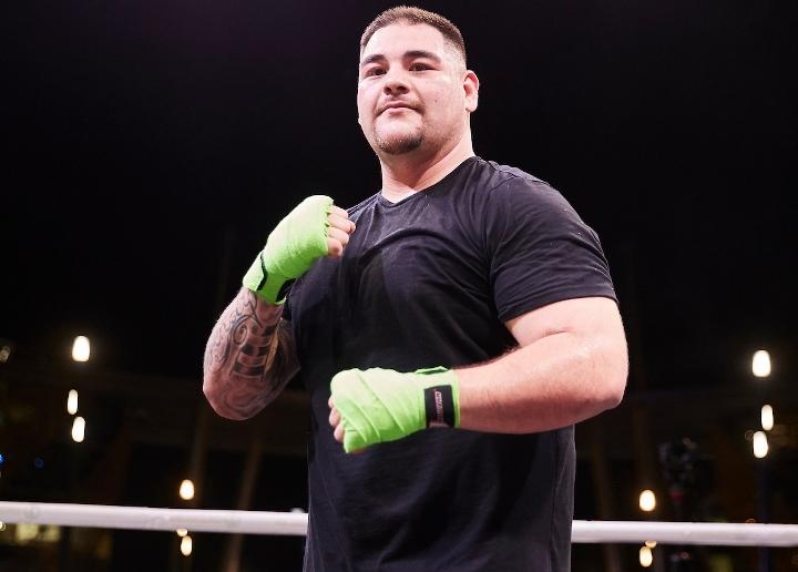 Andy Ruiz, interesado en entrenar con el 'equipo' de Canelo Álvarez