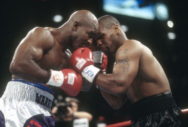 Holyfield reta a Tyson
