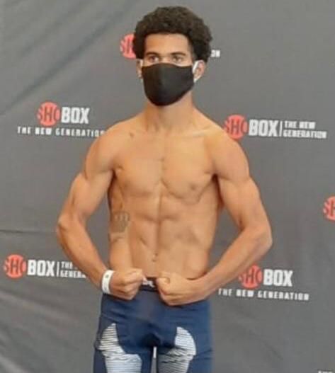 Panameño Núñez en peso para su combate ante armenio Avagyan