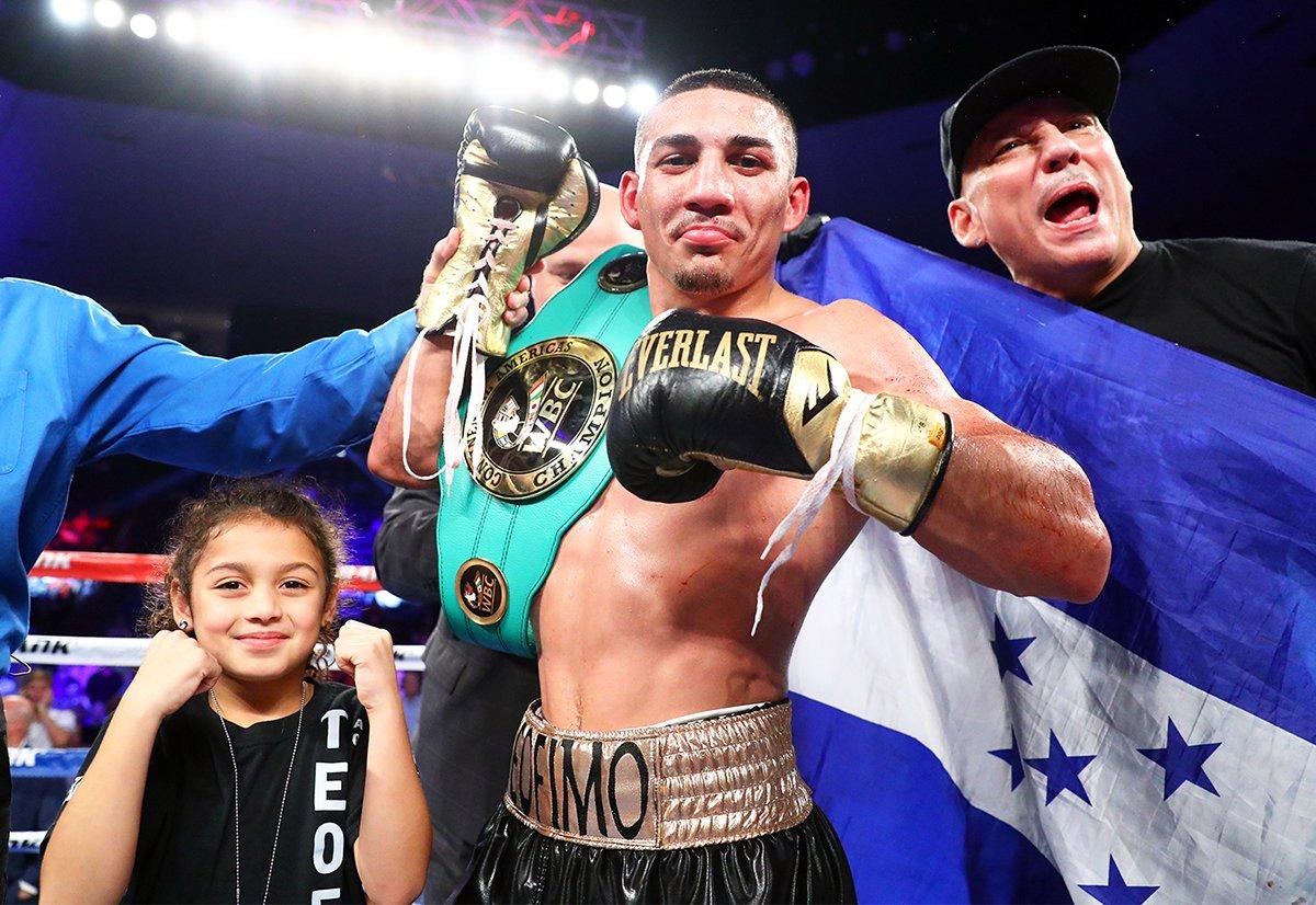Teófimo López insta a los promotores y boxeadores a hacer grandes peleas: «No es difícil»